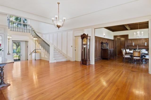 519 Ocean Blvd Coronado Home For Sale Entry