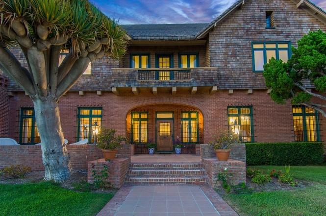 519 Ocean Blvd Coronado Home For Sale Front Entry